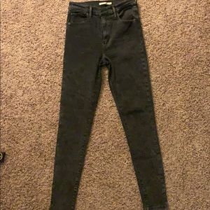 Mike high super skinny Levis Size 29